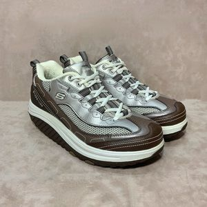 Skechers Shape Ups Women's Walking Shoes Size 8